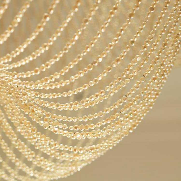 Dorchester-chandelier-pearls-72,000-London