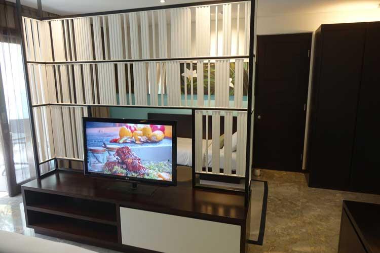 Montigo-Resorts-Semiyak-Premier-Room.jpg-TV
