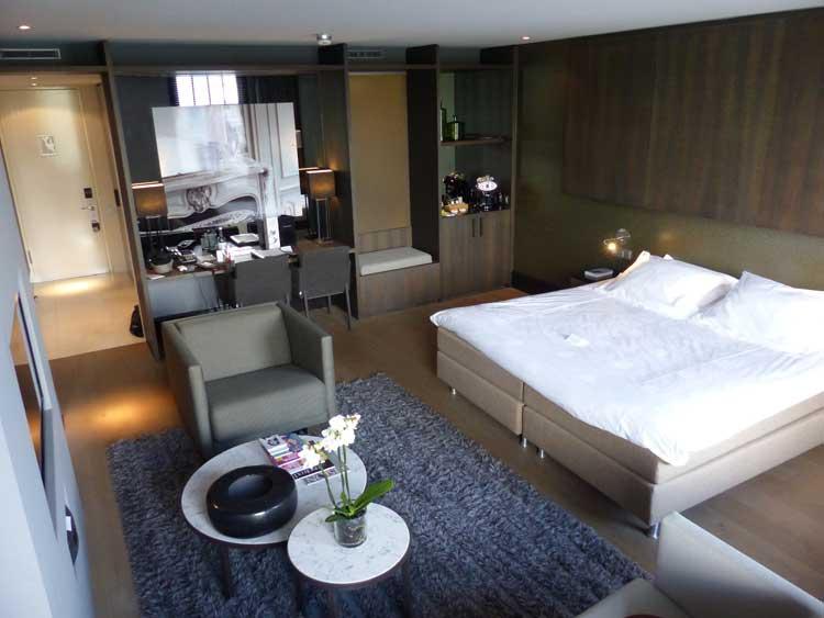 The-Dylan-Hotel-Amsterdam.jpg-Junior-Suite