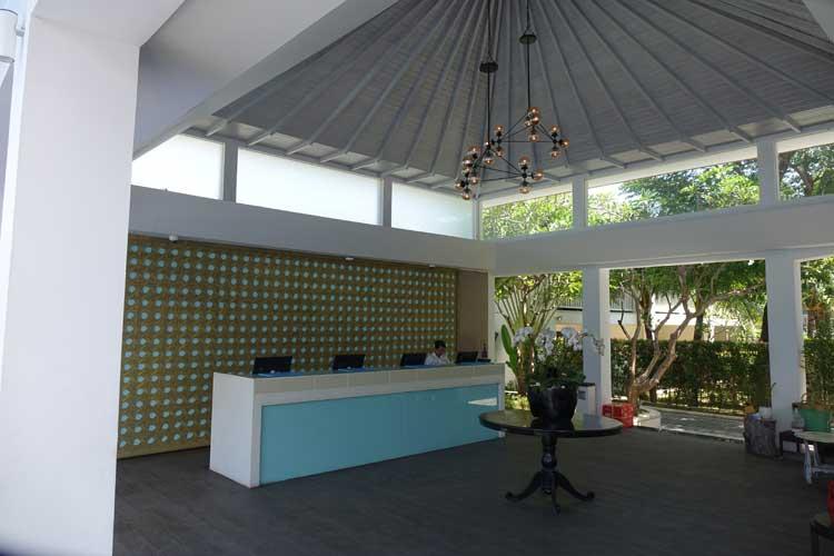 Tiigo-Montigo-Resorts-Semiyak--reception