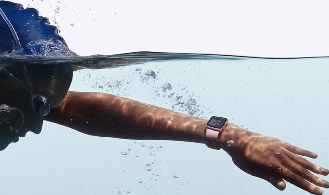 You Can Take the Apple Watch 2 Swimming