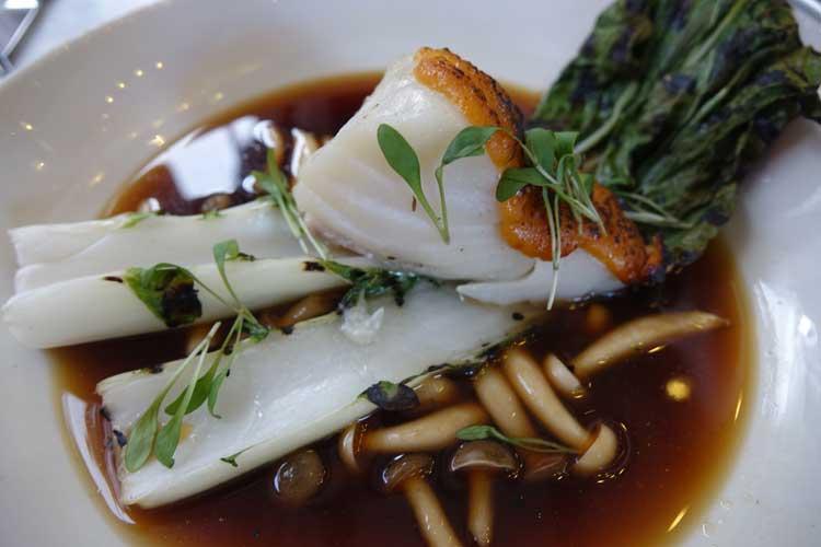 jansz-restaurant-amsterdam-miso-glazed-cod-dashi-broth