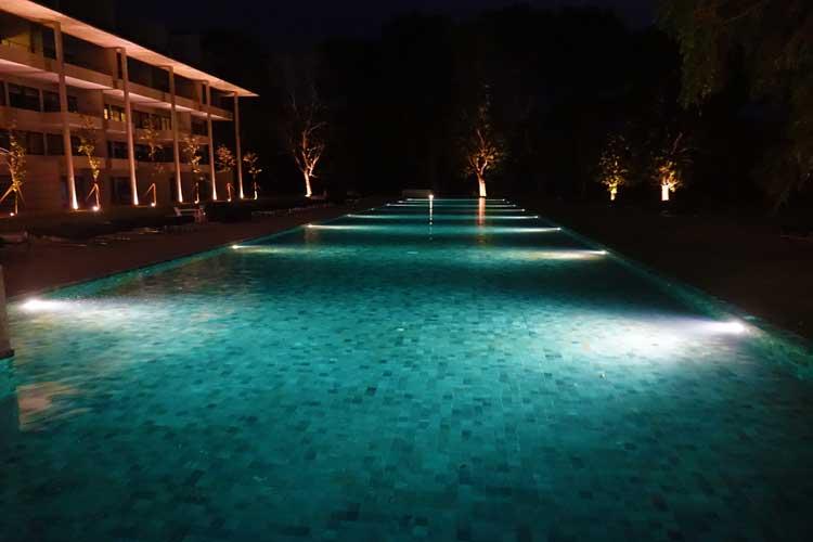 Jetwing Lake Hotel Sri Lanka – 72 Meter Luxury Swimming Pool