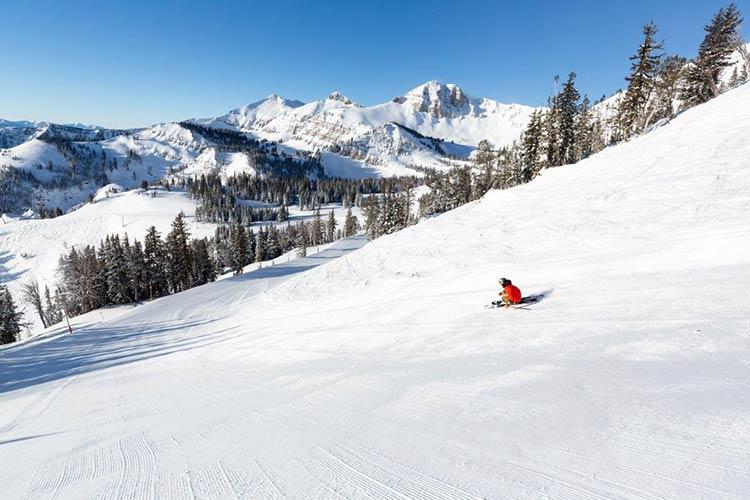 Skiing In Aspen And Jackson Hole – The Prestige Runs