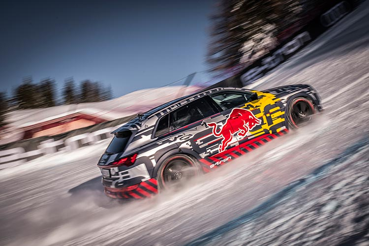 The specially equipped Audi e-tron climbed the 'Mausefalle' on the legendary Streif downhill ski course in Kitzbühel, Austria