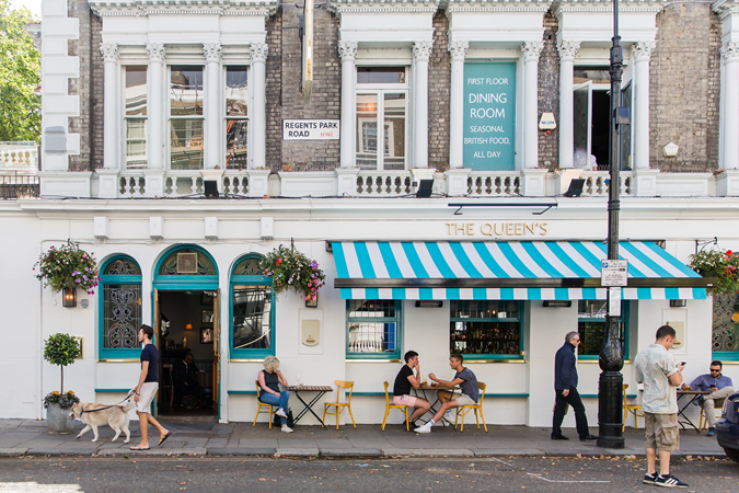 The Queen's Pub