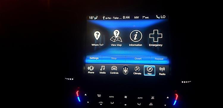 Masertai Levante SUV night interior (1)
