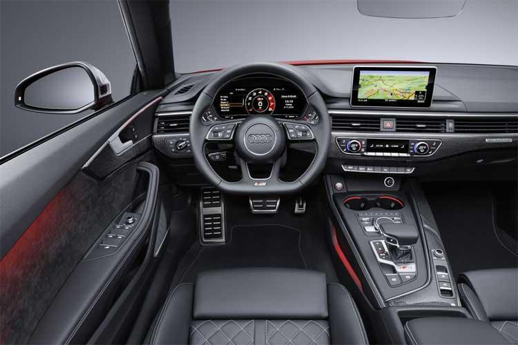 audi-s5-cabriolet-interior