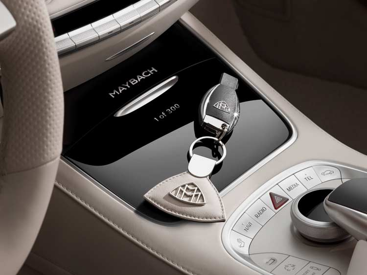 mercedes-maybach-s650-convertible-interior-3