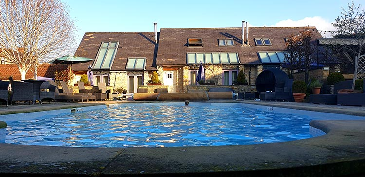 Feversham Arms Hotel Helmsley North Yorkshire (1) swimming pool heated